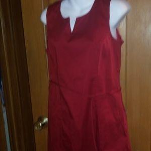 Merona maroon lined tie jumper....versatile